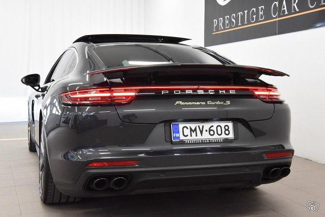 Porsche Panamera 10