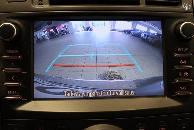 Toyota Verso 18