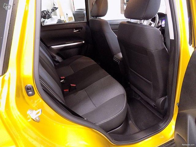 Suzuki Vitara 12