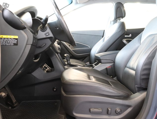 Hyundai Santa Fe 7
