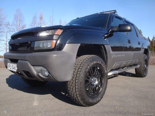 Chevrolet Avalanche 11