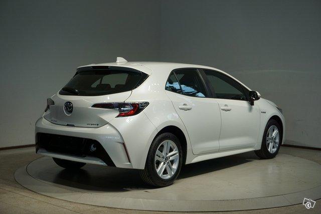 Toyota COROLLA 5