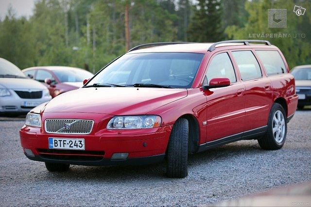 Volvo V70 4