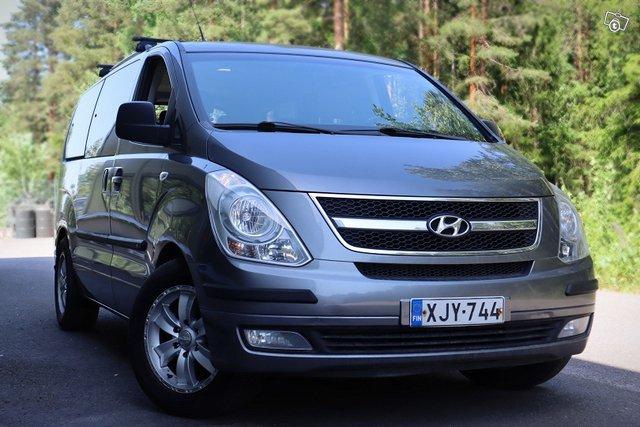 Hyundai H-1 1
