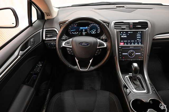 Ford Mondeo 14