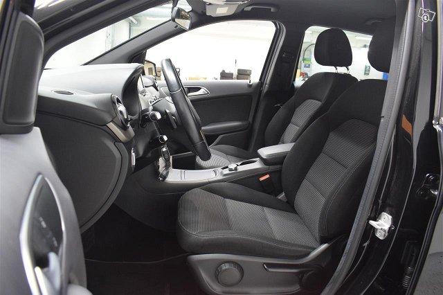 Mercedes-Benz B 7