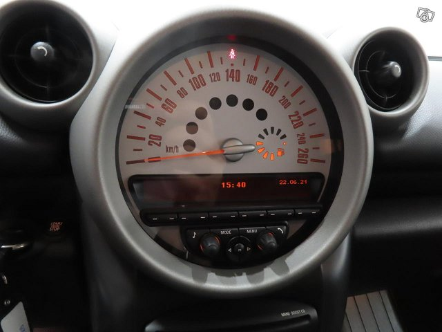 MINI Cooper S 8