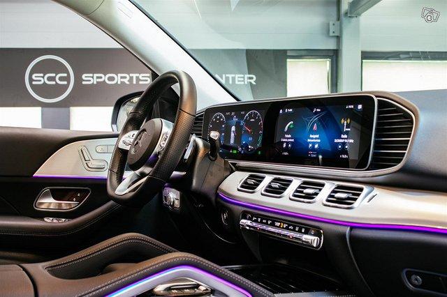 Mercedes-Benz GLE 8