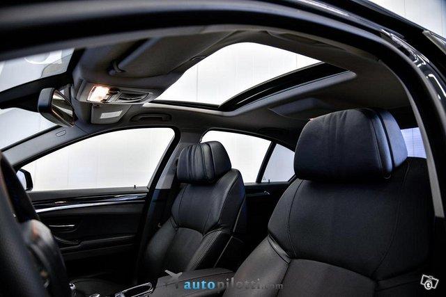 BMW 528 21