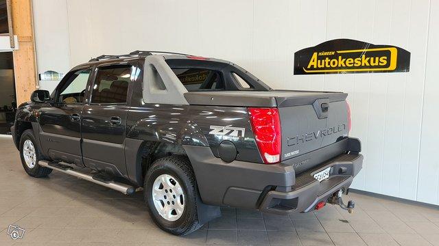 Chevrolet Avalanche 3