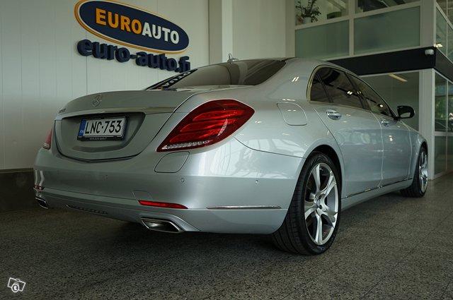 Mercedes-Benz S 9