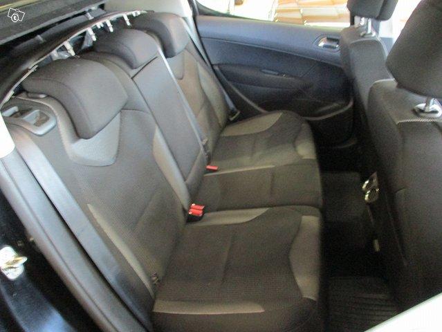 Peugeot 308 10