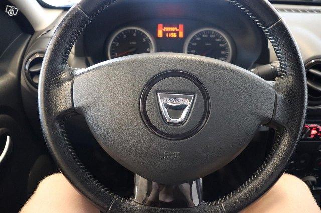 Dacia Duster 16