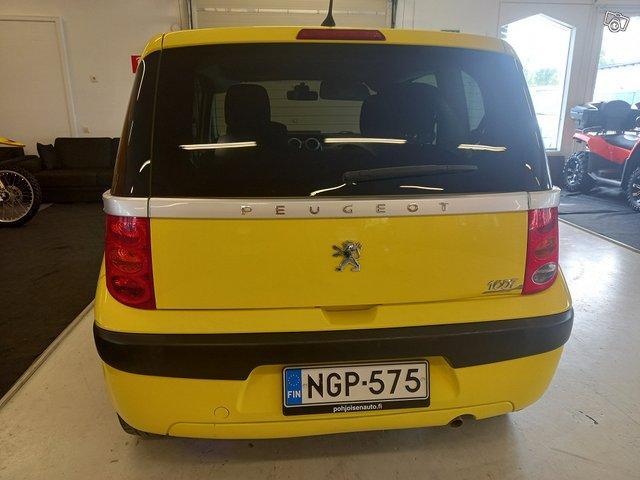 Peugeot 1007 5