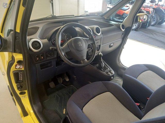 Peugeot 1007 12