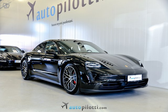 Porsche Taycan 2
