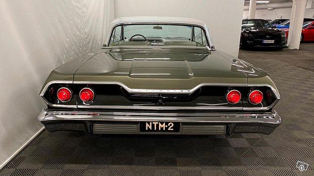 Chevrolet Impala 6