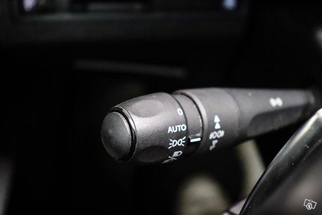 Peugeot 5008 23