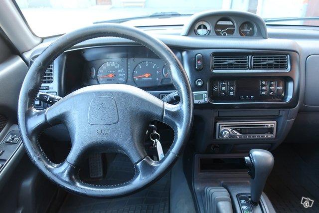 Mitsubishi L200 6