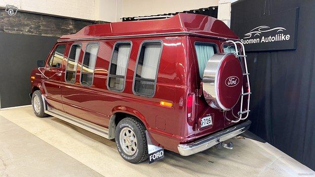 Ford Econoline 4