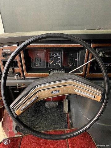 Ford Econoline 11