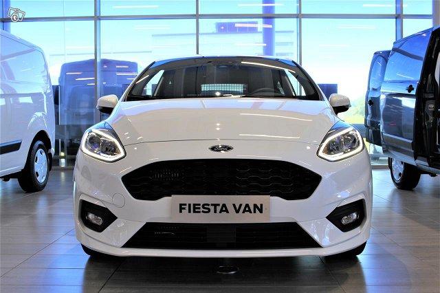 Ford Fiesta Van 5
