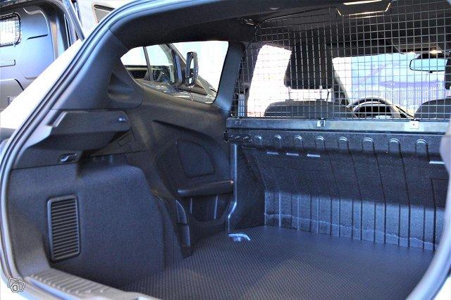 Ford Fiesta Van 14