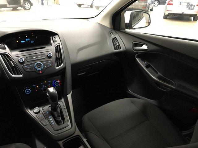 Ford Focus 12