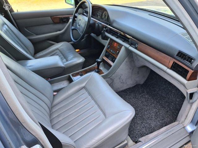 Mercedes-Benz SEL 16