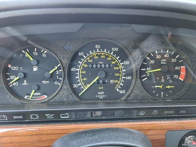 Mercedes-Benz SEL 18