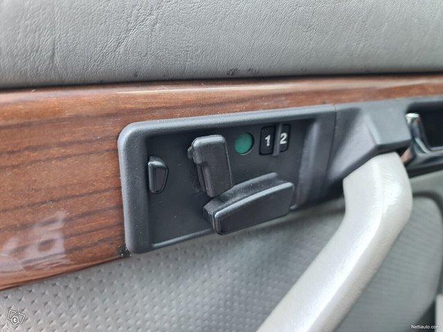 Mercedes-Benz SEL 20