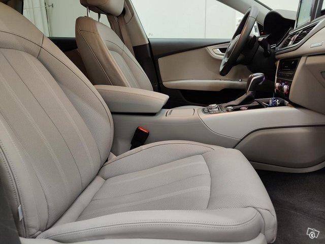 Audi A7 12