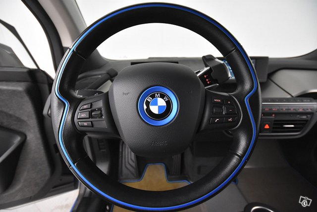 BMW I3 18