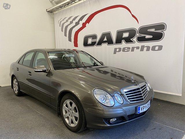Mercedes-Benz E 8