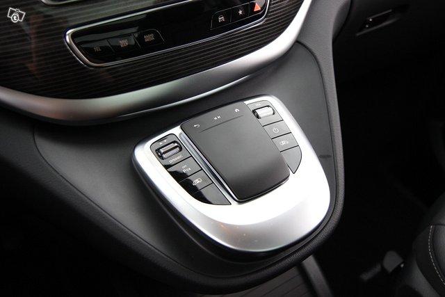 Mercedes-Benz EQV 24