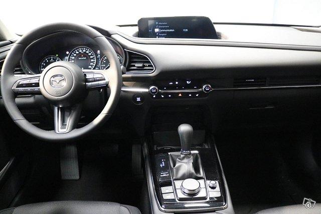 Mazda CX-30 8