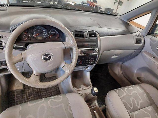 Mazda Premacy 15