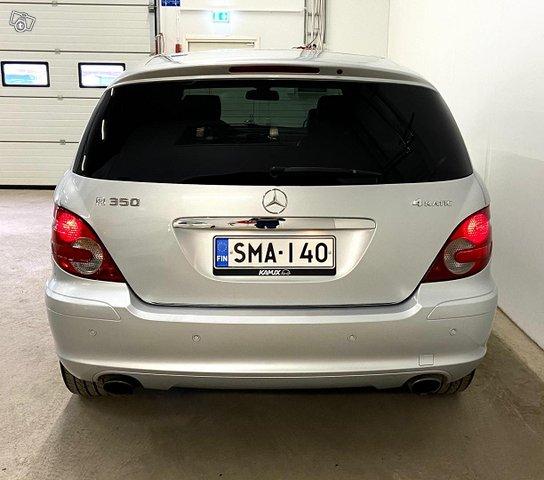 Mercedes-Benz R 8