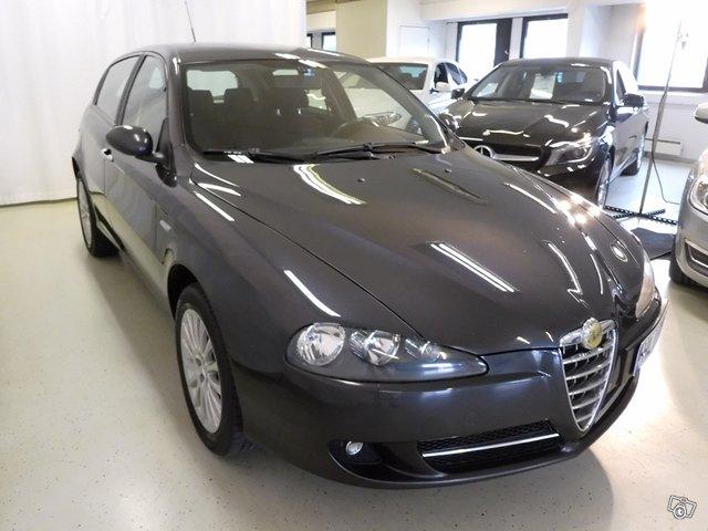Alfa Romeo 147 3