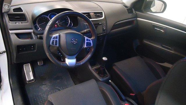 Suzuki Swift 5