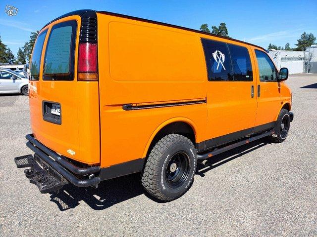Chevrolet Chevy Van 5