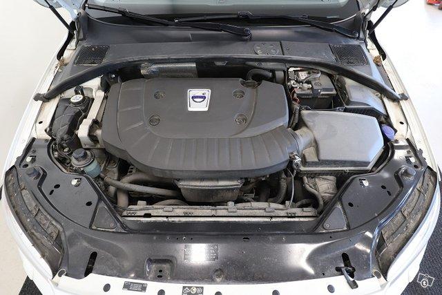 Volvo S80 23
