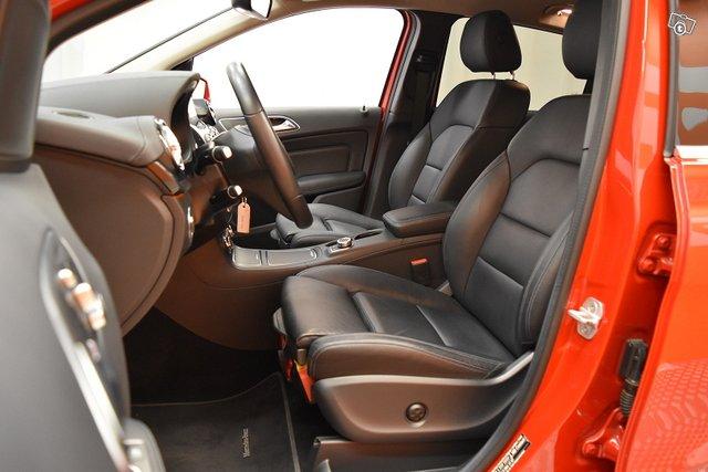 Mercedes-Benz B 10