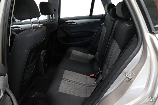 BMW X1 12