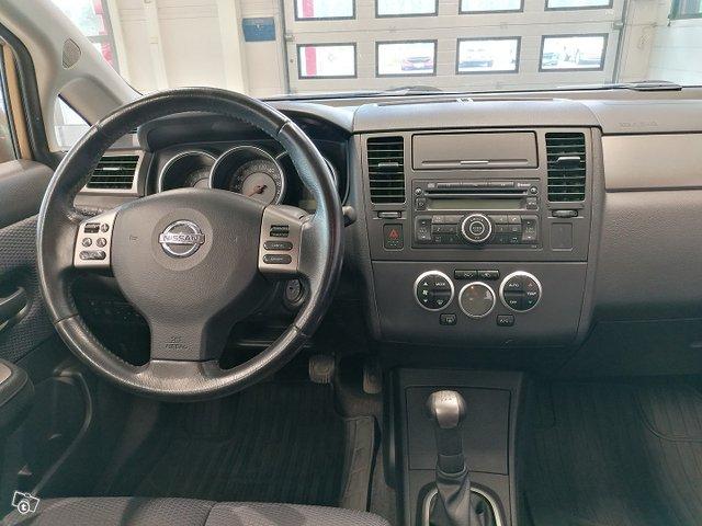 Nissan Tiida 15