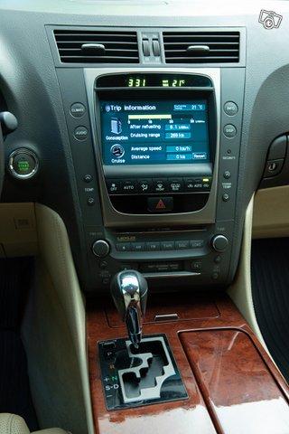 Lexus GS300 14