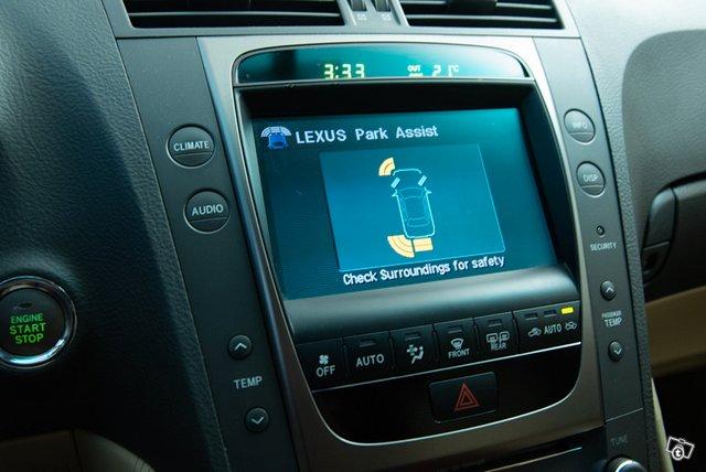 Lexus GS300 15