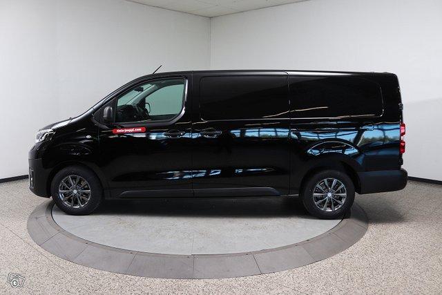 Toyota PROACE 8
