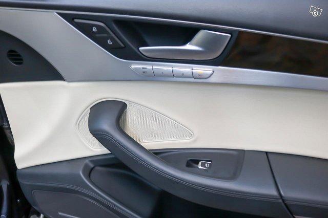 Audi A8 17