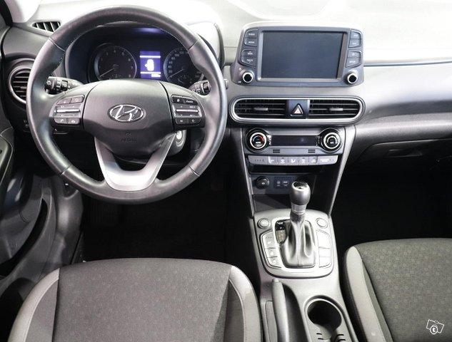 Hyundai KONA 6